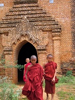 Burmese Culture - Monks