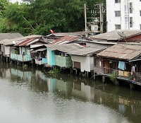 Thai Architecture - River Housing