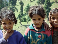 Indian Culture - Roma Girls in the Himalayas