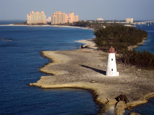 Paradise Island Lighthouse and Atlantis