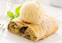 Austrian Food - Apple Strudel