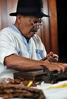Cuban Culture - Cigar maker