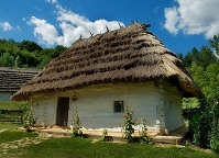 Ukrainian Architecture - Traditional house